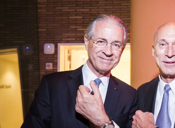 Dr. jur. Hubert Achermann, Chairman of the Board of Trustees LUCERNE FESTIVAL and the Foundation Friends of LUCERNE FESTIVAL | Mr. Ron Stoll, North American president of Carl F. Bucherer